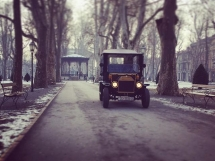 Old Zagreb sightseeing tour at Zrinjevac park