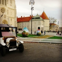 Old Zagreb sightseeing tour at Kaptol Zagreb Cathedral